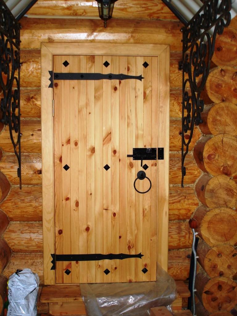 Как сделать из дерева двери
