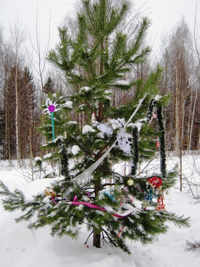 Хоровод вокруг елки